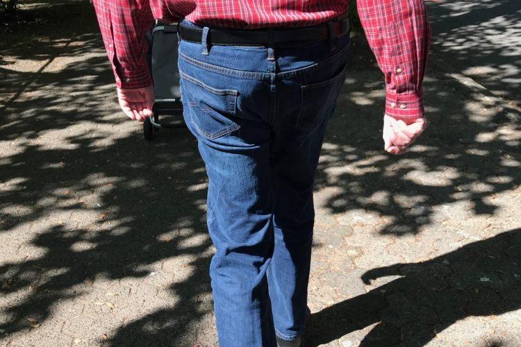 a case of missing buttocks