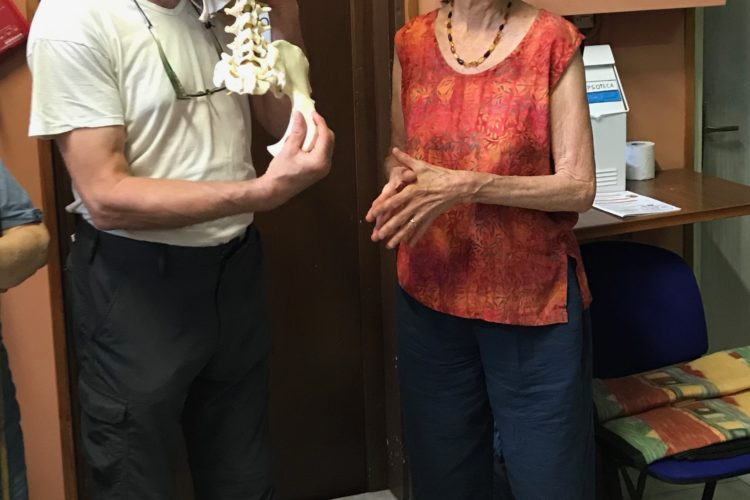 Stephano Lenzi and Georgia LeConte showing the articulation of the sacrum and ilium