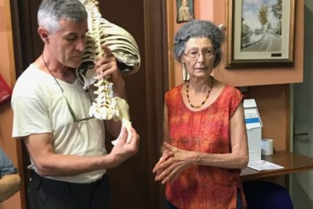 Stephano Lenzi and Georgia LeConte showing the articulation of the sacrum and ilium